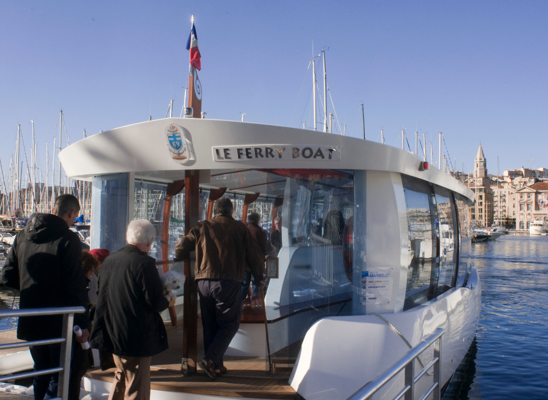 Ferry boat traversée du Vieux Port de Marseille